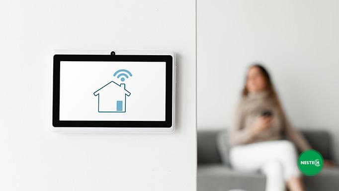 هرچند هوشمند سازی منازل ممکن است در ابتدا به مقداری هزینه نیاز داشته باشد، اما به آسودگی و آرامش بعد از آن میارزد.